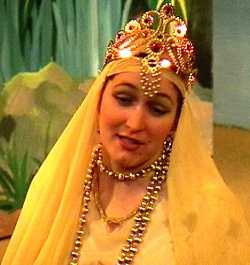 Michelle Boryszczuk as Princess Pearl [Feb 2000]
